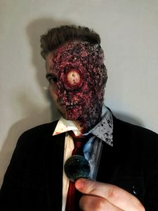 Two Face Cosplay 225x300 Two Face Cosplay